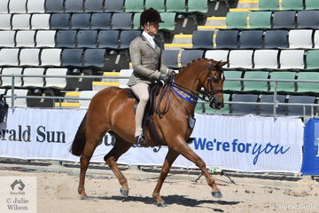 Adam Oliver rode Kate Kyros', 'Braeburn Oscar de la Renta' to win the class for Open Show Hunter Pony 13-13.2hh.
