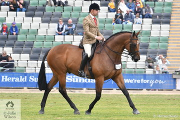 Clint Bilson rode John De Marco's Thoroughbred, 'JD Montreal' by Zabeel to take sixth place in the class for Open Show Hunter Over 16.2hh.