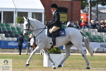Jessica O'Donnell representinbg the Yarra Glen and Lilydale Hunt Club rode, Ngaine Herbert's, 'Kerry' to win the Heavyweight Hunter Show In Saddle and claim the Hunter On The Flat Reserve Championship.