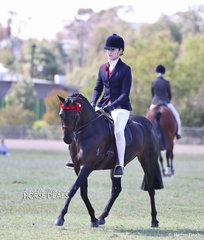 """Reserve Champion Large Pony """"Argyle Harmony"""" and Martine Duncan."""