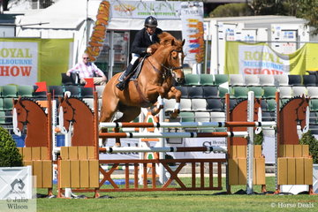 East Gippsland dairy farmer, David Bolton jumped a clear first round riding Silverlyn Archie in the Group C event.