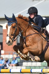 Like a number of riders in the Colin Kelly Memorial Group B contest, Madeline Sinderberry had one time fault riding Oaks Kosmo. In a months time Madeline will be heading to Buenos Aires, to represent Australia in the showjumping of the Youth Olympics.