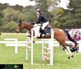 From Victoria, Sammi Browell and Wellbrook Top Deck compete in the Secondary 80cm Combined Training at the 2018 Interschool National Championships.