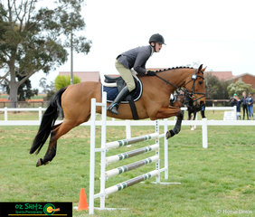 Harry Luxmoore and Rising Spring compete in the EvA95 together representing Victoria..