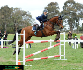 Ella Smith and Jaybee Altimate look very sharp as the jump around CNC One Star show jumping track at the 2018 Marcus Oldham Interschool National Championships representing Victoria.