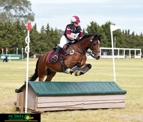 After their first year as a combination, Alcheringa Colwyn Bay looks after his rider, Keeleigh Wise in the EvA80 out on the cross country phase at the 2018 Marcus Oldham Interschool Nationals Championships.