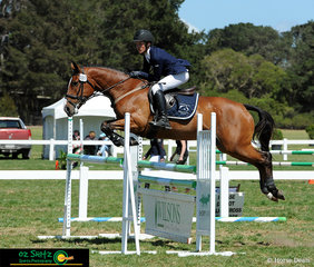 Making easy work of the 1.10m AM5 track was victorian representitive, Clancy Grant and Skyhi Ripple Effect on the final day of the Interschool National Championships held at the National Equestrian Centre.