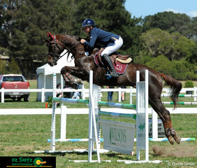 Young Queensland rider, Ben Bates navigated Early Times around the Secondary 1.10m Jump Off round with ease on the final day of the 2018 Marcus Oldham Interschool Nationals.