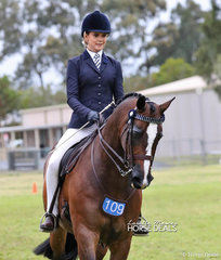 """Isabella Tyson was The O'CONNOR FAMILY Champion Rider of the Year 15 & under 17 years, riding """"Freemantle""""."""