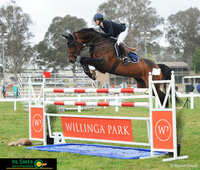 Despite five double clear rounds, Gabi Kuna was just shy of the win but she definitely got the style points in the second round of the Mini Prix on Friday at the NSW State Show Jumping Titles.