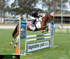 After representing Queensland at Interschool Nationals last week in Werribee, Victoria, Olivia Hewitt-Toms and Gypsie Queen find themselves in Canberra for the NSW State Show Jumping Titles and secure the win in the 90cm A2 on the second day of competition.
