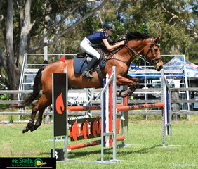 Competing in the Brian Moorhouse Memorial was Queensland Interschool rider Grace Muirhead and she rode Quality NZPH at the Cabarita Spring Show Jumping Classic.