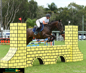 After having some time out of the saddle due to having a baby, Becky Jenkins has her first competion ride back at the Cabarita Beach Spring Show Jumping Classic.