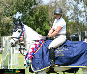 After handing over the reins to Stuart Jenkins for a few months, Becky has stolen her ride on Blackall Park Penny Lane back and will be keeping it after winning the 1.25m Grand Prix at the Cabarita Beach Show Jumping.