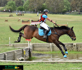 With her overachieving Jackalyn Pitman and her 17 year old Thoroughbred, Gary compete in their first EvA95 at NEGS ODE in Armidale over the weekend.
