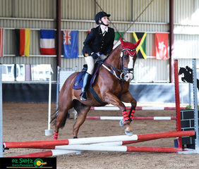 Samantha Hand navigates Steady Baby around the EvA45 show jumping course at the annual NEGS One Day Event.