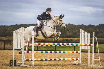 Claire Freeman, and Kaluna Thunderstruck in the Junior 110cm.
