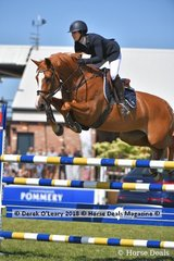 """Gabrielle Kuna from NSW rode """"Flaire"""" to place 3rd in the Australian Senior Championship"""