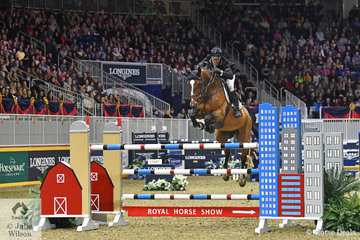 New Zealand rider, Sharn Wordley posted a clear and four to take fifth place in the  $205,000 Longines FEI Jumping World Cup Toronto riding the Sky Group's Baloubet du Rouet gelding, 'Barnetta'.
