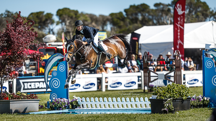 Tom McDermott and &#39;Elegance De La Charmille&#39; place second with four points.<br> Photo Credit: Stephen Mowbray