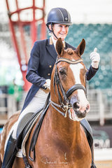 It's a thumbs up from Lesley Anne Taylor after she and 'Amicelli Gold' place second in the CDI-W with a score of 68.695%