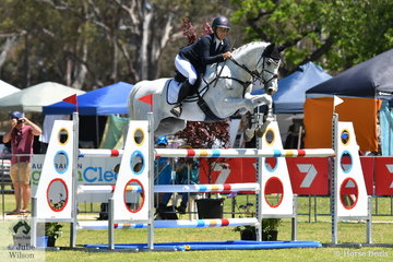 Chelsea Priestley rode Isabel O'Loughlin's  Purioso gelding, 'Skansen Purist' to take eighth place in the RM Williams CIC 3*.