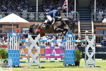 Adelaide rider, Adam Metcalfe rode his , 'MEC Aston' by the former Billy Raymont ride, Anton, to claim victory in the Thomas Foods International CSI*-World Cup Qualifier, their  first World Cup together.