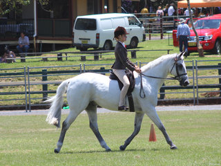 Lucy Sydney winning the ASH Hack