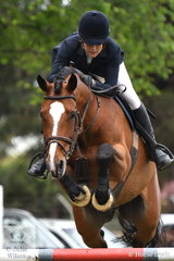 Law graduate and successful jumping rider, Sarah McMillan posted a good first round clear in the the Australian Quality Pet Foods Future Stars class riding, 'Rafiki'.