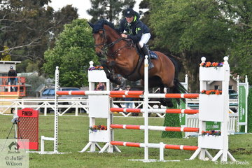 Successful Gippsland rider and coach builder, Sam Williams jumped clear and four to take seventh place in the  Australian Quality Pet Foods Future Stars  class riding his, 'Commander NZPH'.