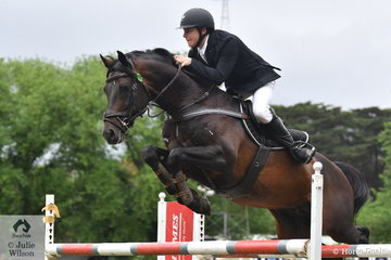 Aaron Hadlow produced two super rounds riding the Butcher family's typey and talented stallion, 'Twins Easton' to take second place in the Wellington Livestock Mini Prix.