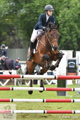 Courtney Bell jumped a good double clear riding her, 'Patangas Casino' to take second place in the ISJ Interschool Showjumping Junior Championships.