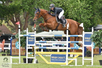 Katie Laurie jumped four and eight to take ninth place in the GBG Concrete and Construction Sale World Cup Qualifier riding, 'Esteban MVNZ'.