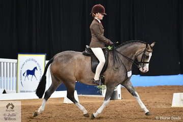 Isabell Cross-Winston rode  Peter Hudson's, 'Owendale Butter Schnapps' to claim third place in the Large Show Hunter Pony Championship for Queensland.