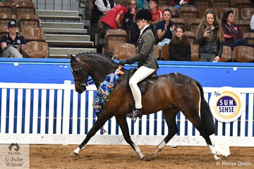 Riding for Victoria, Taylah Arnott rode her 2017 National winner, 'Fontain Park Sir Harvey' to claim the 2018 National Large Show Hunter Pony Championship and with it the Farleigh Stud Perpetual Trophy.