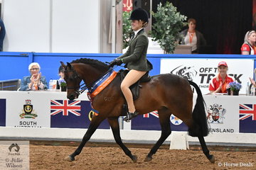Western Australia put up a good showing in the Medium Show Hunter Pony Championships with Jenna Hall riding Eileen Morris', 'Gem Park Debonare' to claim the Runner Up award.