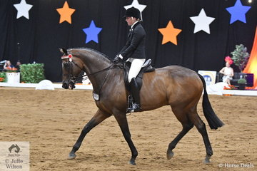 Representing South Australia, Jessica Burns rode her Large Hack, 'Macquarie' that raced as Boldly Go to win the Ridden Off The Track Thoroughbred class on Friday Night