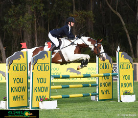 First combination out for the show jumping phase of the EvA105 Junior class was Rachel Lyon and Kingfield Ricochet at the beautiful venue of Wallaby Hill Farm at the International Three Day Event..