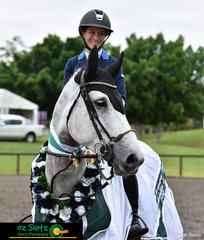 Day one of the Summer Show Jumping Classic saw Olivia Hamood and Lola GHP presented with the Oaks Sport Horse Medallion