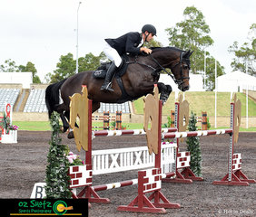 Making the 1.20m look like a breeze was Rhys Stones aboard Chatina JRE placing 4th overall with a time of 58.30 in the one round of competition at the Summer Show Jumping Classic.