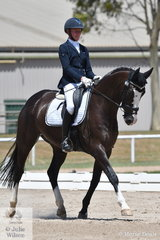 South Australian professional rider, Ruth Schneeberger rode Roxleigh Fidelio to take out the Advanced Reserve Championship.