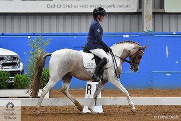 Louisa Inge rode Vancouver Park Royal Secret to fourth place in the Pony Preliminary 1.3.
