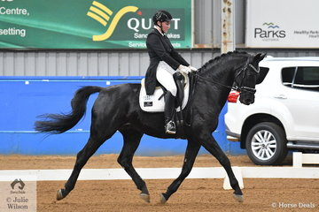 Natasha Althoff-Kelley rode Wessel to fifth place in the Werribee Isuzu & Longvue Prix St George.