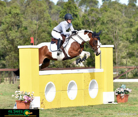 Bronte Webb and Copabella Valencia complete the first round of the NSW Amateur series in arena 2 of the Summer Show Jumping Classic at Sydney.