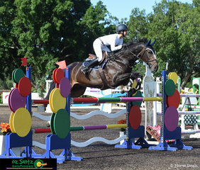 Alyssa Ho and Along Came Polly made a great team in the final class on Saturday's program in the main arena, the 1.30m A2 round with a time of 63.38 they jumped to second place.