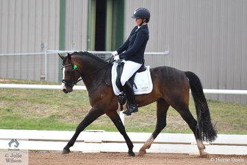 Justine Greer has had a very busy and successful competition. Today Justine had many rides, including the stallion Roseglen Pop Art that won the Five Year old pony class.