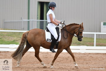 Paige Koliba riding Loriot Skyes The Limit took fourth place in the ASPR Pony Elementary 3.3.