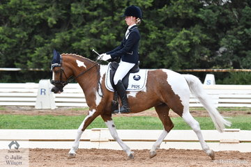 Sophie Taylor rode her well performed Raven Lodge Aura in the ASPR Pony Elementary.