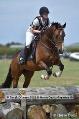 "Kelly Houston in the Open Grade 3 riding ""Eringa Vale Ceres"""