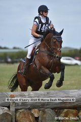 """Justine Mizzi in the Open Grade 3 riding """"Montina"""" placing 6th with a score of 35"""
